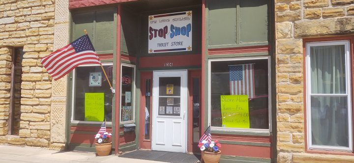 Stop and Shop Thrift Store by the VFW Auxiliary in Lincoln, KS