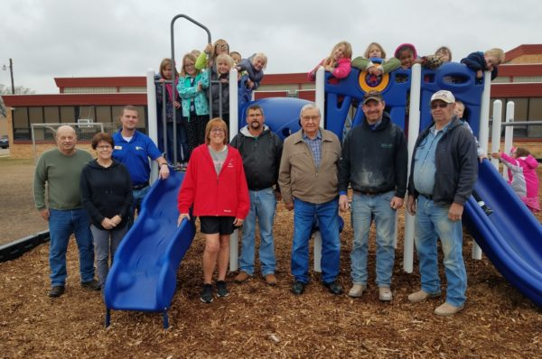 Volunteers help make new Lincoln Elementary School playground equipment a reality