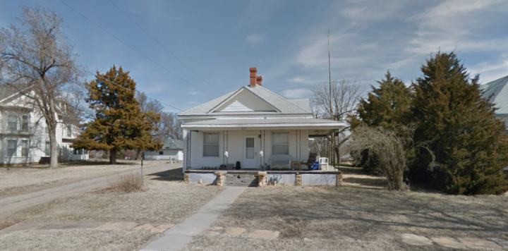 For Sale By Owner - 307 N 2nd Street, Lincoln, KS - 3 bedroom house - $20,000