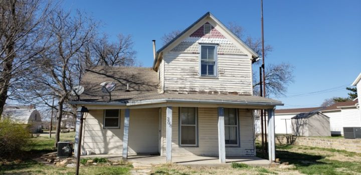 For Sale By Owner - 308 W Yauger Street, Lincoln, KS - 3 bedroom with central air (recently replaced) - $30,000
