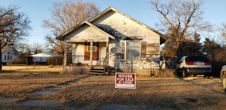 For Sale By Owner - 318 E Court Street, Lincoln, KS - $22,000