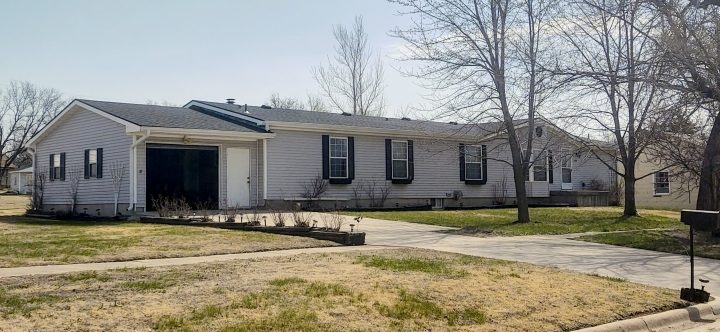 721 N. 4th St in Lincoln, KS plenty of space for a growing family